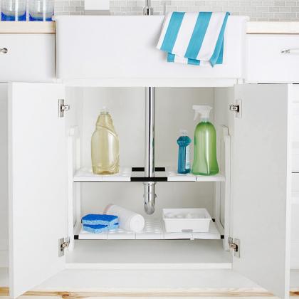 Justerbar hylla till diskbänkskåp