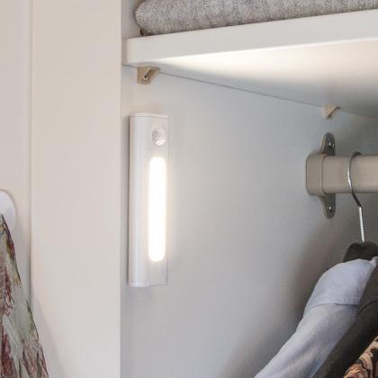 Skåp- & garderobslampa