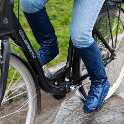 Regnöverdrag till skor och byxa
