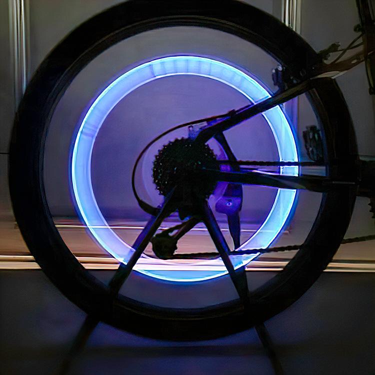 Köp LED lampa till däckventil hjul röd 2 pack | Fyndiq