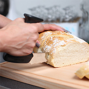 Ergonomisk brödkniv